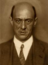 Schoenberg_Portrait_1924-ca77ae11